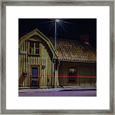 Old House #i0 Framed Print by Leif Sohlman