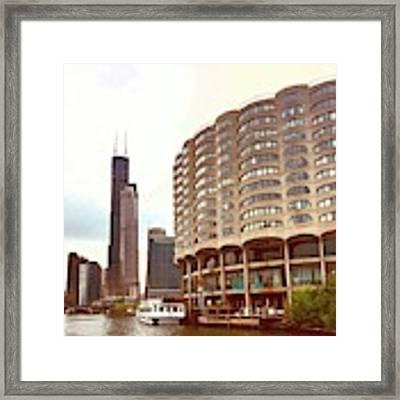 Willis Tower To The Left Framed Print by Lorraine Devon Wilke