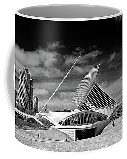 0352 Milwaukee Art Museum Infrared Coffee Mug