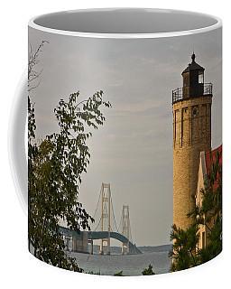 0558 Old Mackinac Point Lighthouse Coffee Mug
