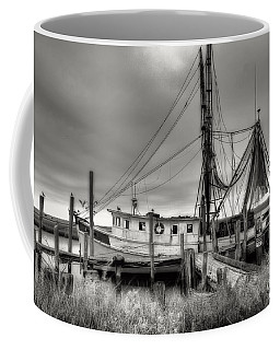 Lowcountry Shrimp Boat Coffee Mug