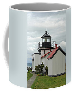 Coffee Mug featuring the photograph Point No Point Lighthouse by E Faithe Lester