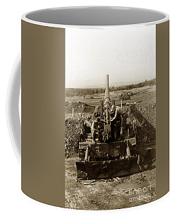 175mm Self Propelled Gun C 10 7-15th Field Artillery Vietnam 1968 Coffee Mug