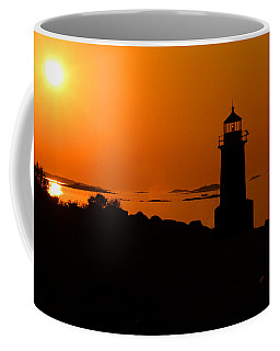 Winter Island Lighthouse Sunrise Coffee Mug