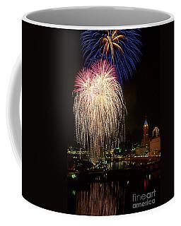 21l106 Red White And Boom Fireworks Photo Coffee Mug