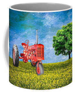 Antique Farmall Tractor Coffee Mug