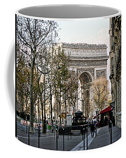 Arc De Triomphe Paris Coffee Mug by Lynn Bolt