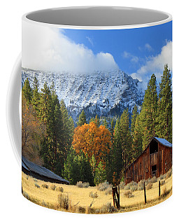 Autumn Barn At Thompson Peak Coffee Mug by James Eddy