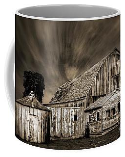Barn On Hwy 66 Coffee Mug