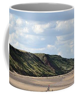 Beach - Saltburn Hills - Uk Coffee Mug