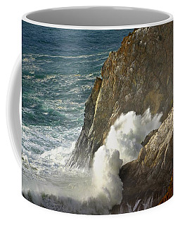 Crashing Wave Coffee Mug