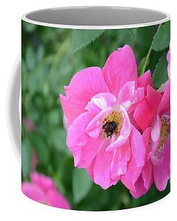 Bee Rosy Coffee Mug