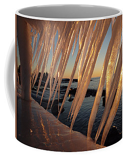 Break Wall Winter Sunrise Coffee Mug