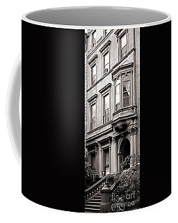 Brooklyn Heights -  N Y C - Classic Building And Bike Coffee Mug