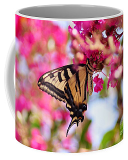 Butterfly On The Crepe Myrtle. Coffee Mug