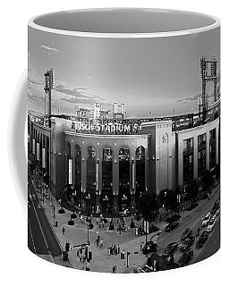 Card Fans Arrive Bw Coffee Mug