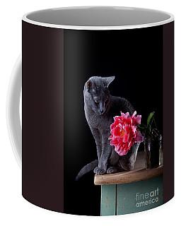 Cat And Tulip Coffee Mug