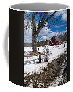 Classic New England Farm Scene Coffee Mug
