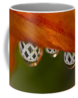 Criss Cross Water Drop Coffee Mug