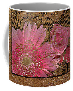 Elegant Gold Lace Coffee Mug