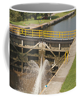 Coffee Mug featuring the photograph Erie Canal Lock by William Norton