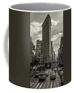 Flatiron Building - Black And White Coffee Mug