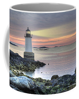 Fort Pickering Lighthouse At Sunrise Coffee Mug