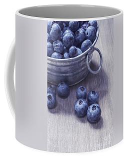 Fresh Picked Blueberries With Vintage Feel Coffee Mug