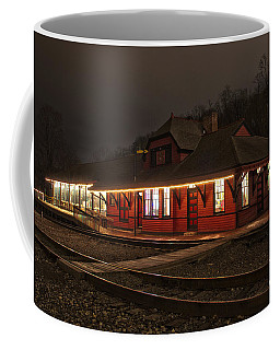 Coffee Mug featuring the photograph Frostburg Train Depot by Jeannette Hunt