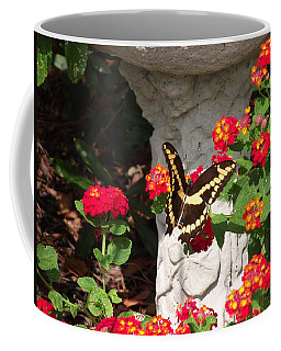 Giant Swallowtail On Lantana Coffee Mug