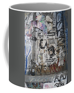 Graffiti In New York City Che Guevara Mussolini  Coffee Mug