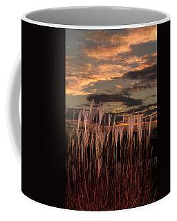 Grassy Sunset Coffee Mug