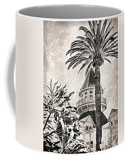 Hotel Del Coronado Coffee Mug by Peggy Hughes