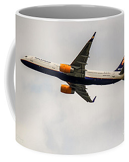 Icelandair Boeing 757 Coffee Mug