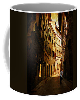 Il Turista Coffee Mug by Micki Findlay