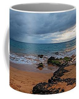Coffee Mug featuring the photograph Keawakapu by Lars Lentz
