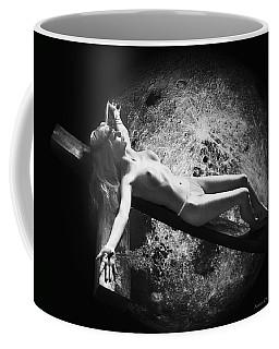 La Crucificada Y La Luna Coffee Mug