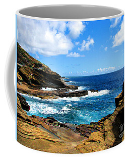 Coffee Mug featuring the photograph Lanai Scenic Lookout by Kristine Merc