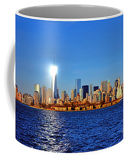 Lighthouse Manhattan Coffee Mug