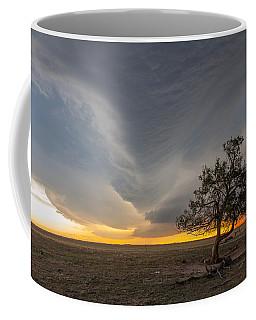 Lone Tree Weathers Tornadic Storm Coffee Mug