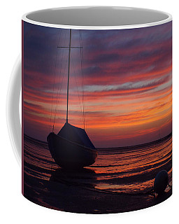 Coffee Mug featuring the photograph Sunrise At Low Tide by Dianne Cowen