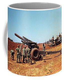 M114 155 Mm Howitzer Was A Towed Howitzer 4th Id Pleiku Vietnam Novembr 1968 Coffee Mug