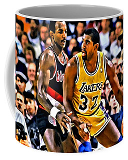 Magic Johnson Vs Clyde Drexler Coffee Mug