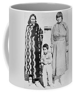 Coffee Mug featuring the photograph Maria Martinez (1887-1980) by Granger