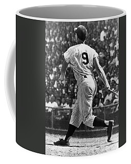 Maris Hits 52nd Home Run Coffee Mug