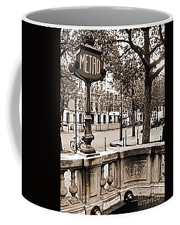 Metro Franklin Roosevelt - Paris - Vintage Sign And Streets Coffee Mug