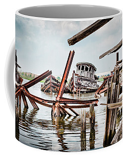 Nautical - Shipwreck -twisted Grave Coffee Mug