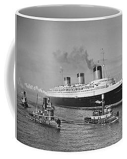 Normandie In Nyc Harbor Coffee Mug
