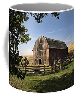 Old Barn On The Palouse Coffee Mug