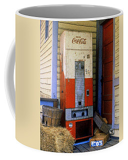 Old Coke Machine Coffee Mug